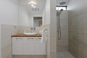 Sapphire Blue Apartment, Apartments  Perth - big - 13