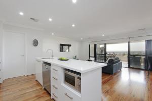Sapphire Blue Apartment, Apartments  Perth - big - 24