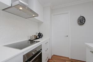 Sapphire Blue Apartment, Apartments  Perth - big - 25