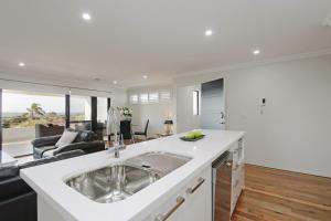 Sapphire Blue Apartment, Apartments  Perth - big - 28