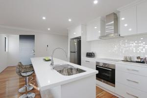 Sapphire Blue Apartment, Apartments  Perth - big - 29