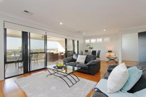 Sapphire Blue Apartment, Apartments  Perth - big - 32
