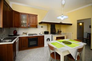 Residenza Savonarola Luxury Apartment, Ferienwohnungen  Montepulciano - big - 42