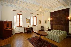 Residenza Savonarola Luxury Apartment, Ferienwohnungen  Montepulciano - big - 46