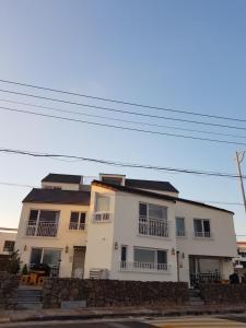 HANI Haus, Дома для отпуска  Чеджу - big - 173