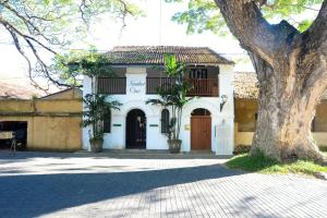 Fortaleza No.01 A Court Square