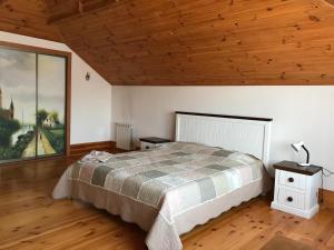 Частный дом для семейного отдыха с бассейном и сауной. - Rokytne