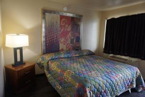 Stay Express Inn San Antonio North, Hotely  San Antonio - big - 1
