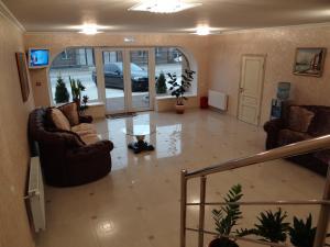 Guest House Chalet - Krizhanovskiy