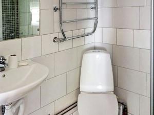 One-Bedroom Holiday home in Valdemarsvik, Case vacanze  Gryt - big - 17
