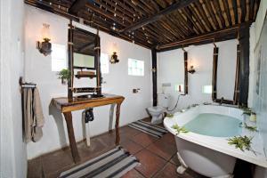 Pungwe Safari Camp, Chaty  Rezervace Manyeleti - big - 6