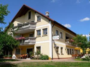 Landgasthof Zum Schloss - Bischberg