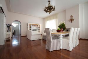 Via Piave122 - AbcAlberghi.com