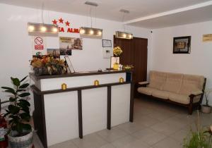 Pensiunea Almada, Guest houses  Vladimirescu - big - 24