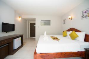 Sri Chada Hotel - Ban Bang La On
