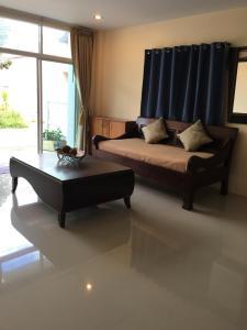 Krabi Town Sleep 9 With kitchen