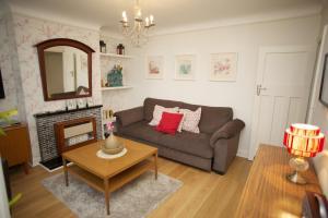 Newly refurbished garden apartment