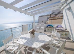 Terrazza sul mare Apartment - AbcAlberghi.com