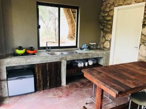Sasa Safari Camp, Chaty v prírode  Outjo - big - 46