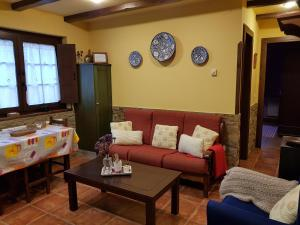 Apartamentos Rurales Casa Pachona, Ferienwohnungen  Puerto de Vega - big - 3