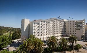 Отель Golden Tulip El Mechtel, Тунис