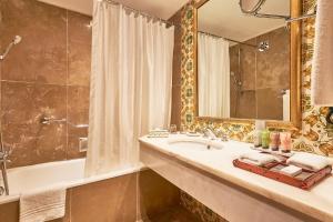 Dona Filipa Hotel (36 of 55)