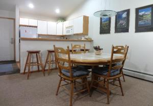 Cinnamon Ridge III 323D, Apartmanok  Keystone - big - 16