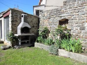 Holiday home 30160 Robiac-Rochessadoule, France, Prázdninové domy  Rochesadoule - big - 10