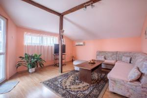 Eli Apartments - Different locations in Sarafovo,