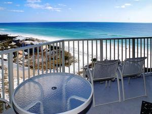 Beach Manor @ Tops'L - 1004, Apartmanok  Destin - big - 13