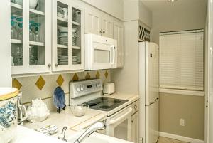 Beach Manor @ Tops'L - 1004, Apartmanok  Destin - big - 34