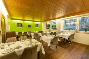 Hotel am Springhorstsee, Hotel  Grossburgwedel - big - 23