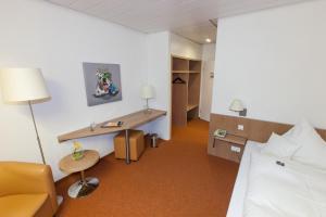 Hotel am Springhorstsee, Hotel  Grossburgwedel - big - 4