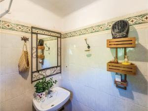 Three-Bedroom Holiday Home in Alcanar
