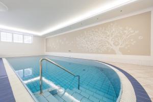 Park Hotel Bellevue, Hotel  Dobbiaco (Toblach) - big - 36