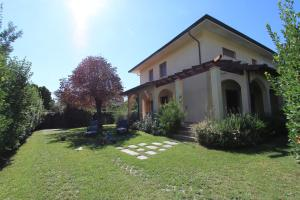 Villa Dina - AbcAlberghi.com