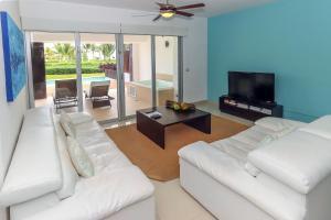 Ocean View Mareazul Condo Rental with Infinity Pool - Condo Agua Dulce, Apartmanok  Playa del Carmen - big - 17