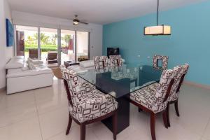 Ocean View Mareazul Condo Rental with Infinity Pool - Condo Agua Dulce, Apartmanok  Playa del Carmen - big - 16
