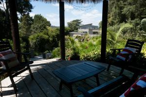 Oneroa Secret Garden Apartments, Apartmanok  Oneroa - big - 10