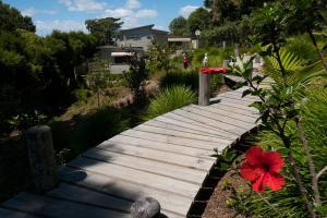 Oneroa Secret Garden Apartments, Apartmanok  Oneroa - big - 8