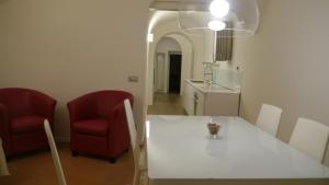 Loft nel centro antico di Siena - AbcAlberghi.com