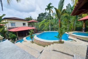 CR Guest Houses by Marea Brava