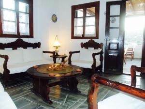 Alexandros Hotel, Отели  Грикос - big - 24