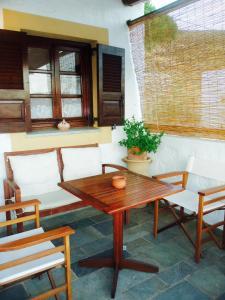 Alexandros Hotel, Отели  Грикос - big - 21