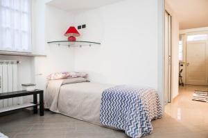 RHO Blumarine Apartment, Apartmanok  Rho - big - 9