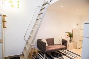 RHO Blumarine Apartment, Apartmanok  Rho - big - 12