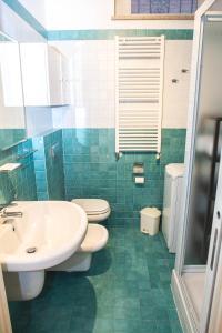 RHO Blumarine Apartment, Apartmanok  Rho - big - 17