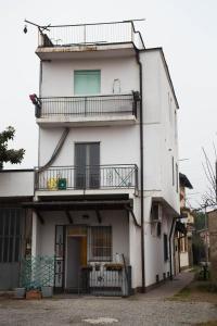 RHO Blumarine Apartment, Apartments  Rho - big - 19
