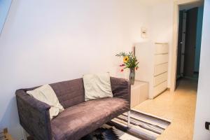 RHO Blumarine Apartment, Apartmanok  Rho - big - 22