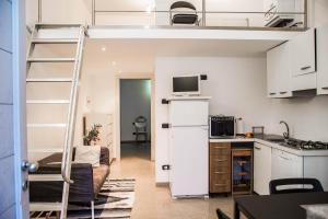 RHO Blumarine Apartment, Apartmanok  Rho - big - 40